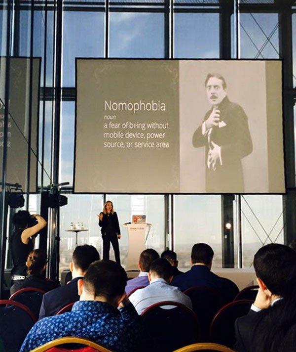 Nomofobija